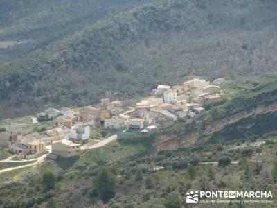 Senderismo Guadalajara - Monumento Natural Tetas de Viana. madrid montaña; licencia federativa
